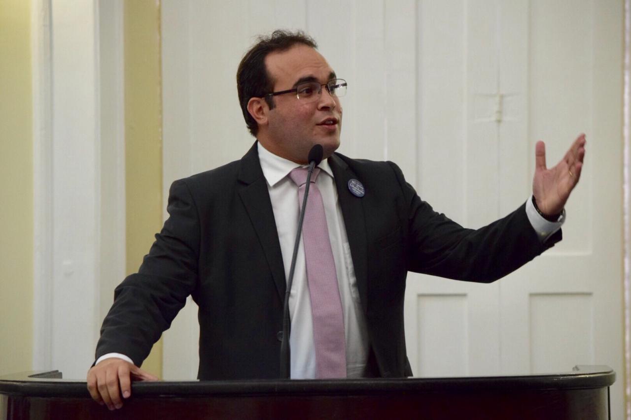 Deputado Davi Maia