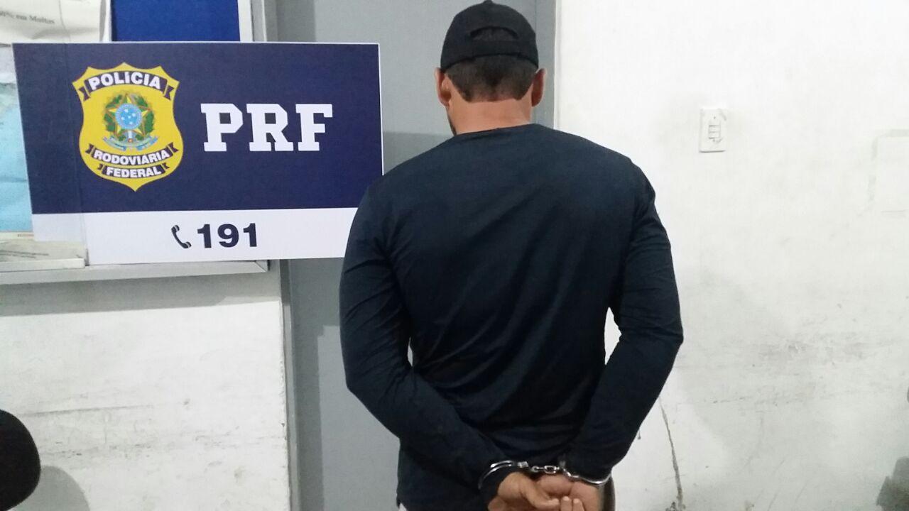 Foragido da justiça é preso pela PRF na BR-104