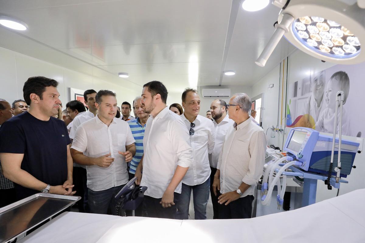 Governador Renan Filho inaugura UPA do Tabuleiro dos Martins