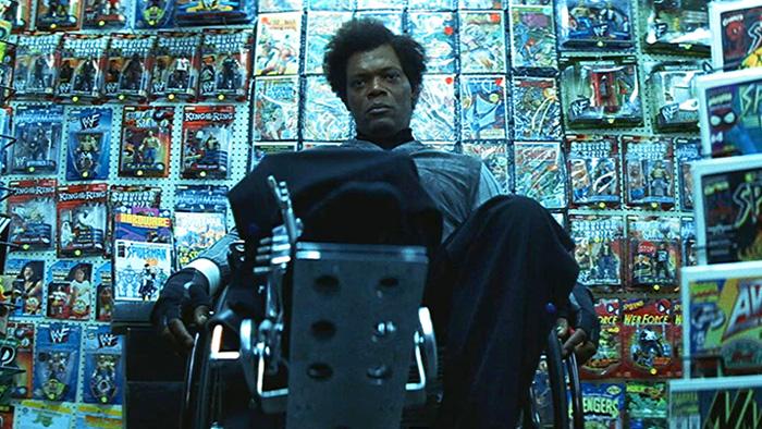 Samuel L. Jackson vivendo seu famoso personagem Elijah Price em Corpo Fechado