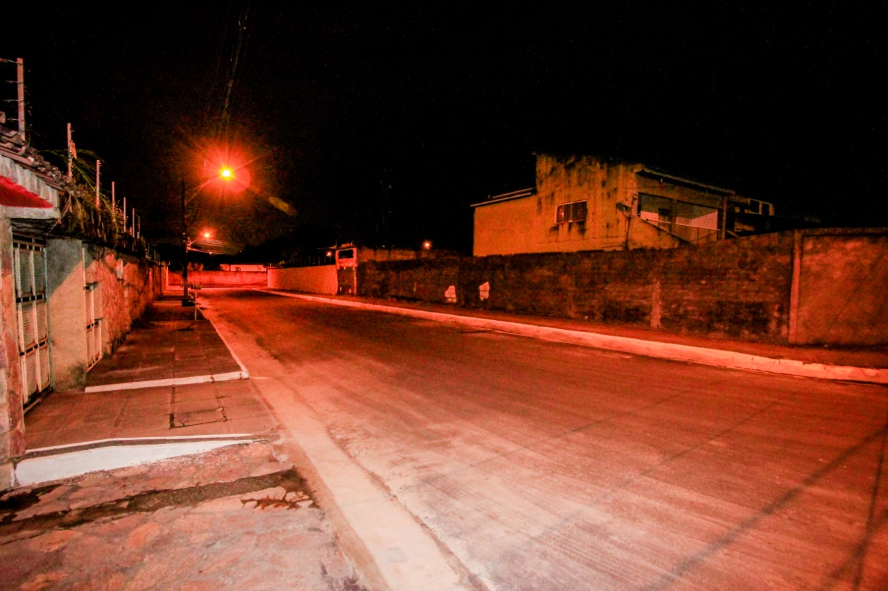 Entrega das ruas pavimentadas do Conjunto Inocoop