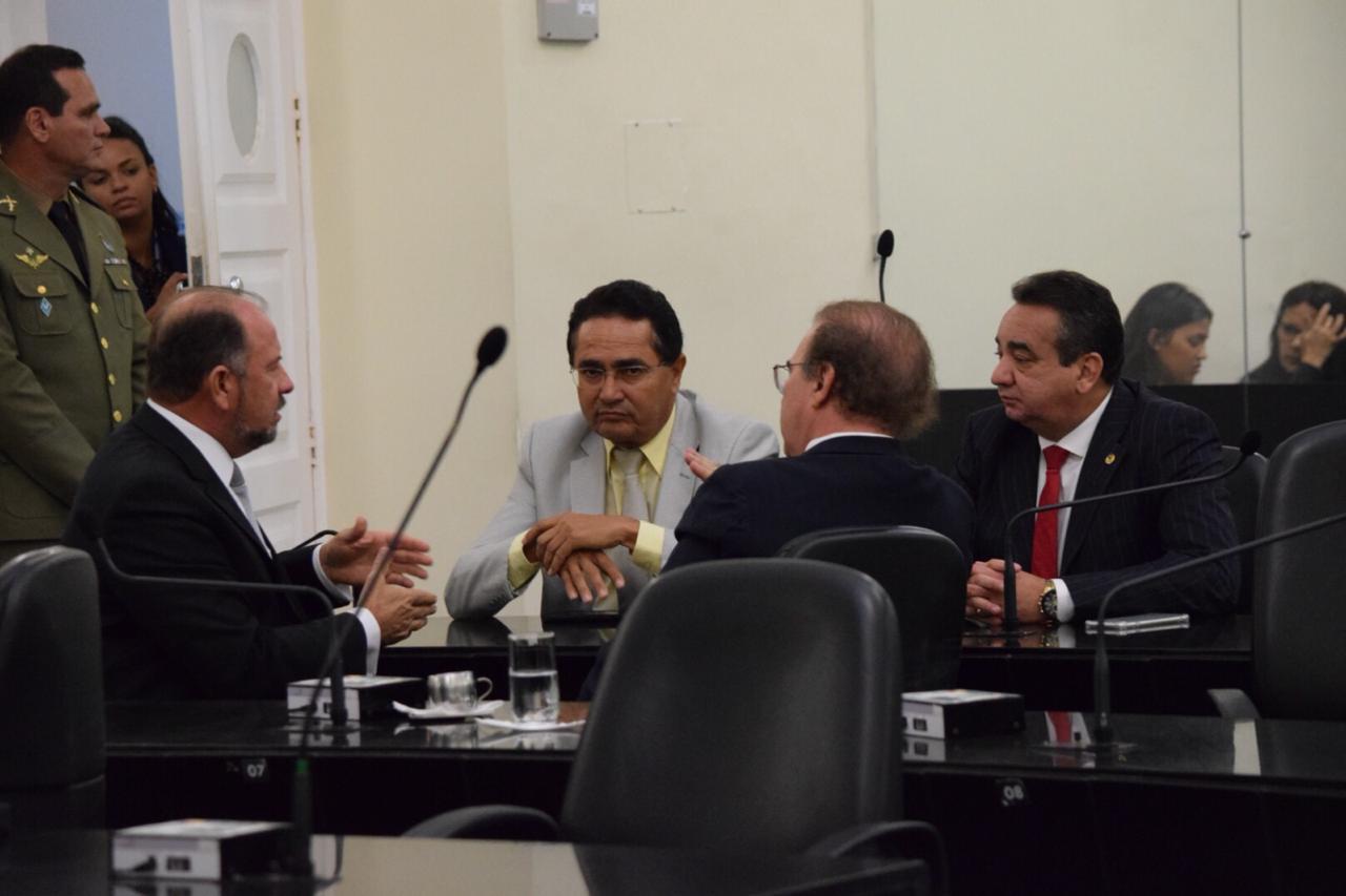 Deputados em plenário