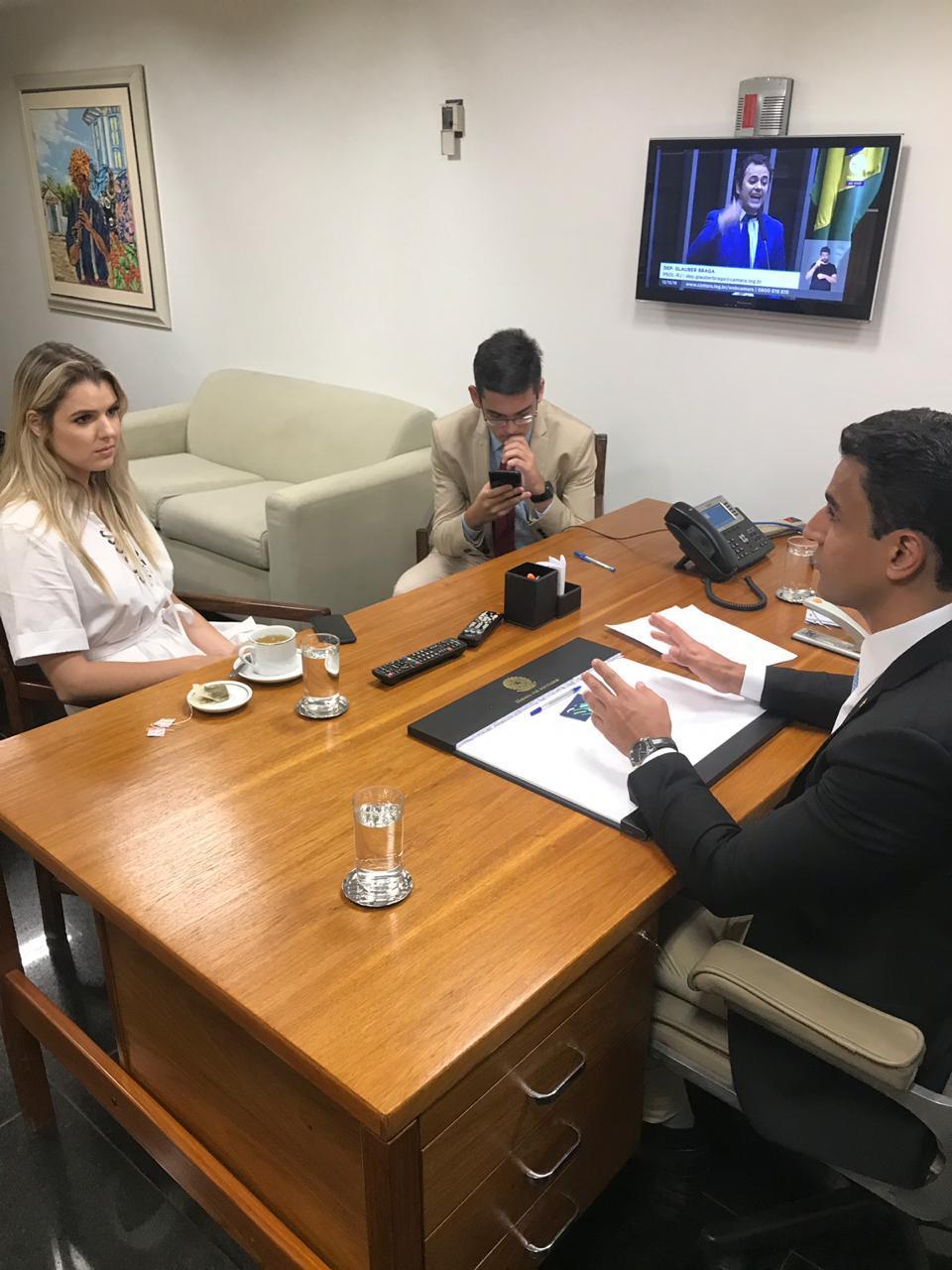 JHC e  Luísa Canziani (PTB-PR)