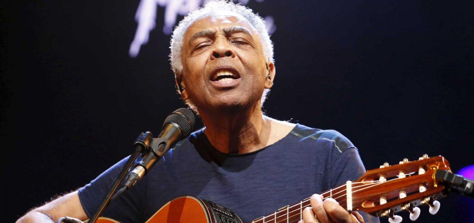 Cantor Gilberto Gil se apresenta na festa literária de Marechal Deodoro