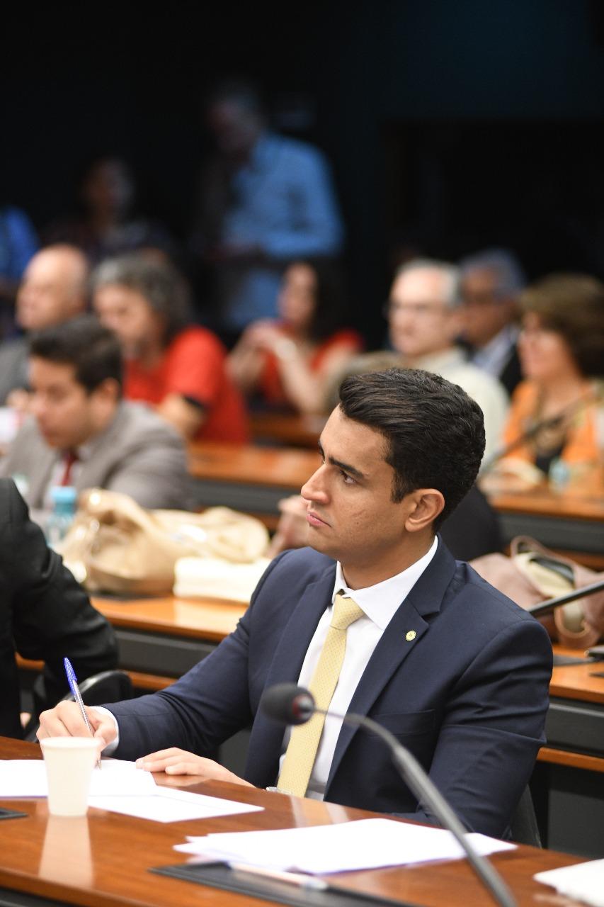 JHC defende venda direta e fim da cota de isenção aos EUA