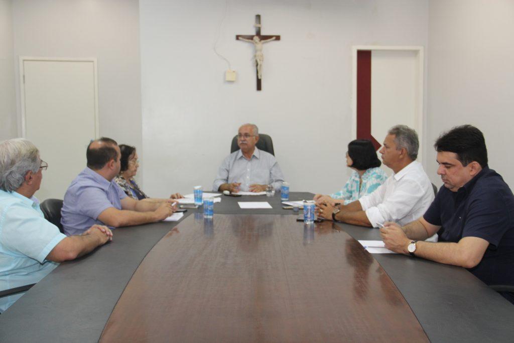 Vereadores discutem com Rogério Teófilo, Projetos de Lei que serão encaminhados à Câmara Municipal